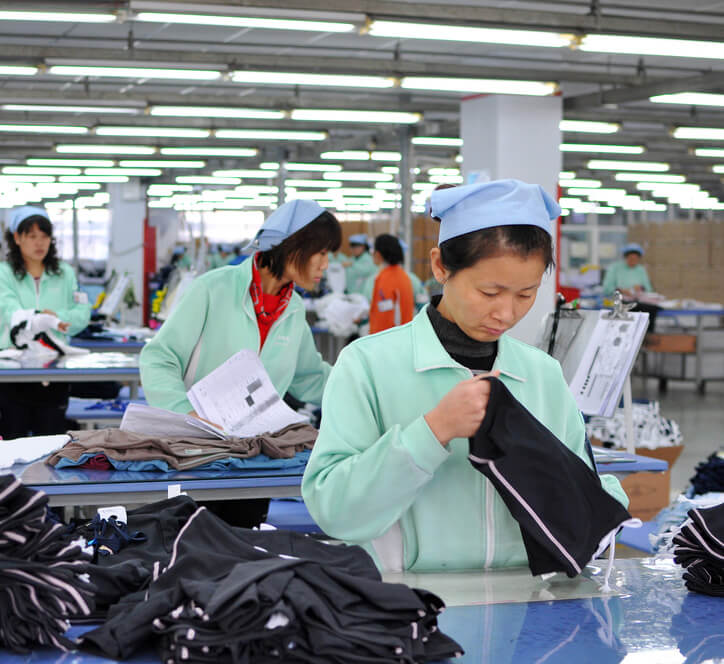 Custom Clothing Manufacturers Devoting To Production