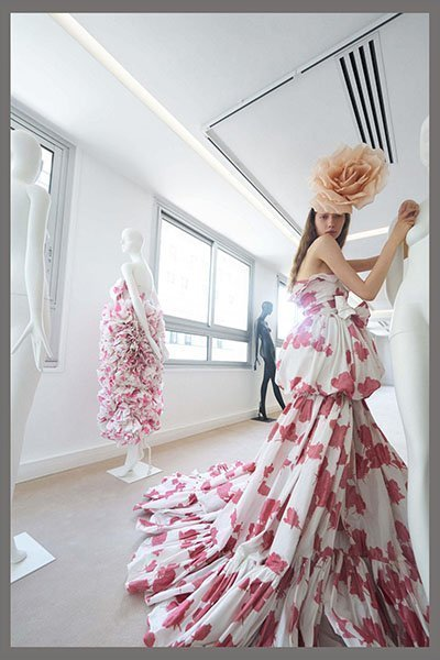 Giambattista Valli- foral printed flared bottm dress clothing manufacturer
